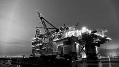 Koronavirová krize ovlivňuje produkci ropy