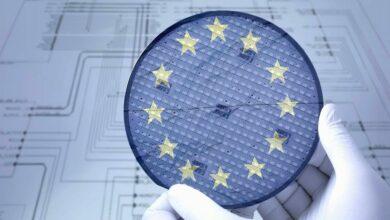 Nedostatek čipů chce řešit EU i USA