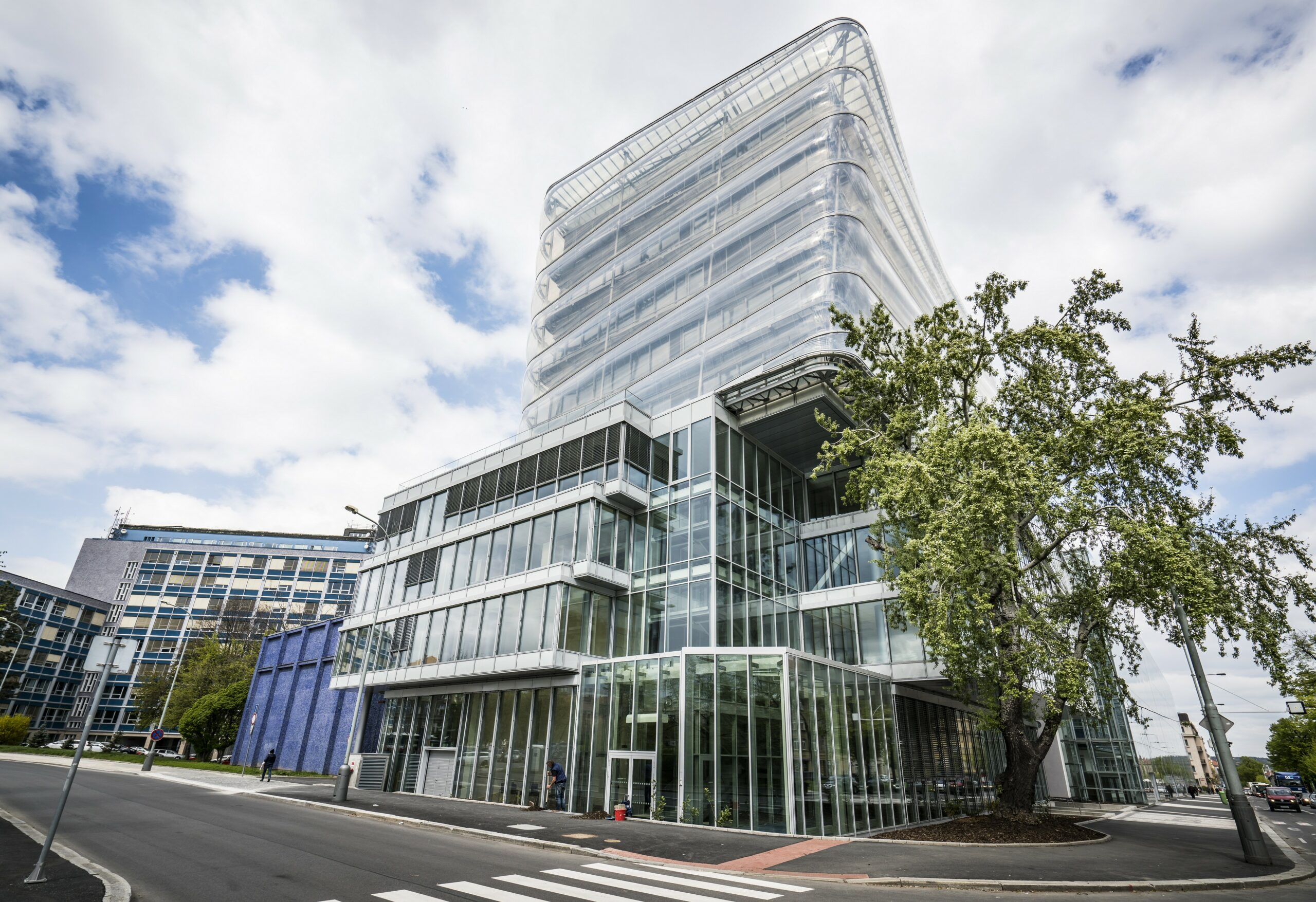 T-Mobile staví na CIIRC ČVUT nejmodernější 5G kampusovou síť pro průmyslové využití