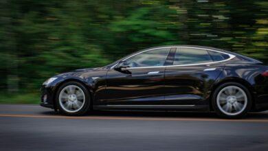 Nejrychlejší sériově vyráběný automobil je nyní na elektřinu
