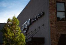 Amazon zakázal prodej několika stovkám čínských firem