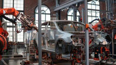 Produkce automobilů v Česku zpomalila a podíl vyrobených elektrických vozidel roste